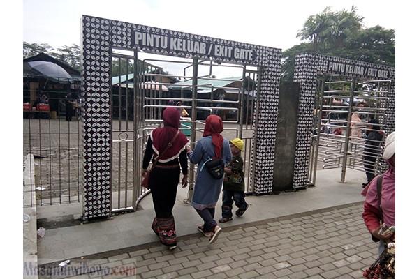 Oleh - Oleh khas Candi Borobudur dan Candi Prambanan