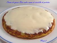 Crema de queso Brie sobre cama de tortilla de patatas