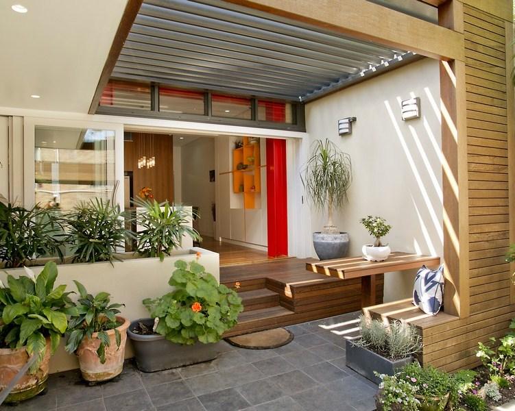 Gambar Desain Teras Rumah Minimalis Dengan Material Kayu