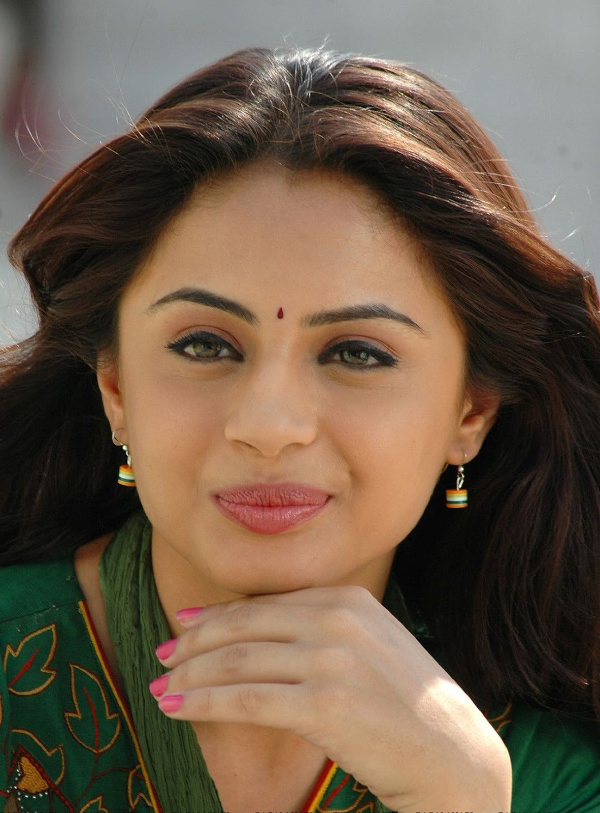 Indian Actress HD Wallpapers, Images, Pics, Gallery: South indian actress Suhani Hot HQ Pics