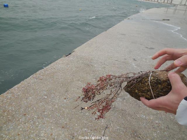 greckie morze, Marzanna doczepiona do kamienia