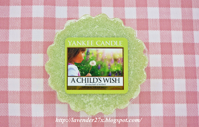http://lavender27x.blogspot.com/2013/09/pachnido-yankee-candle-childs-wish.html