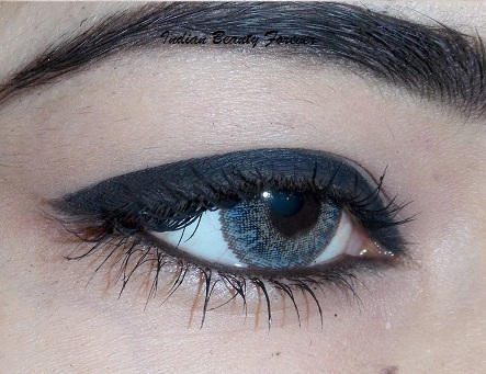 L'Oreal Paris Magique Kajal Black swatch EOTD