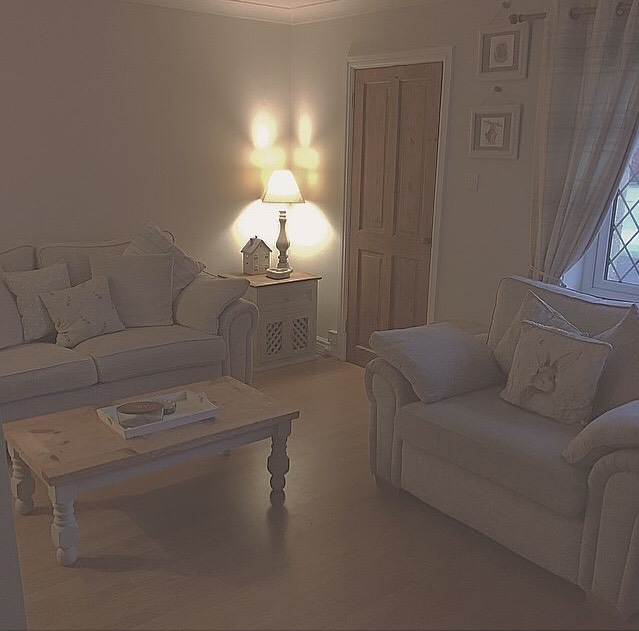 inspirational neutral lounge