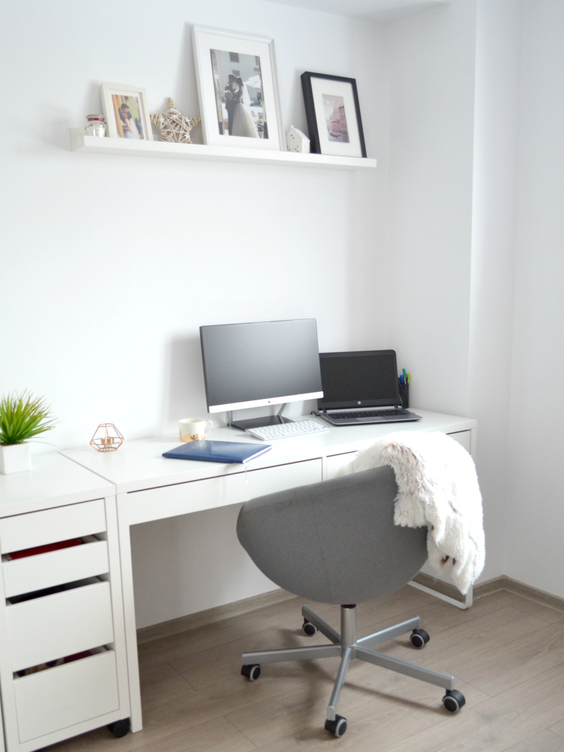 Cappuccino and Fashion: 7 Tips to Decorate an At-Home Office
