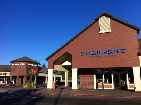 Information & Events - Vacaville Premium Outlets