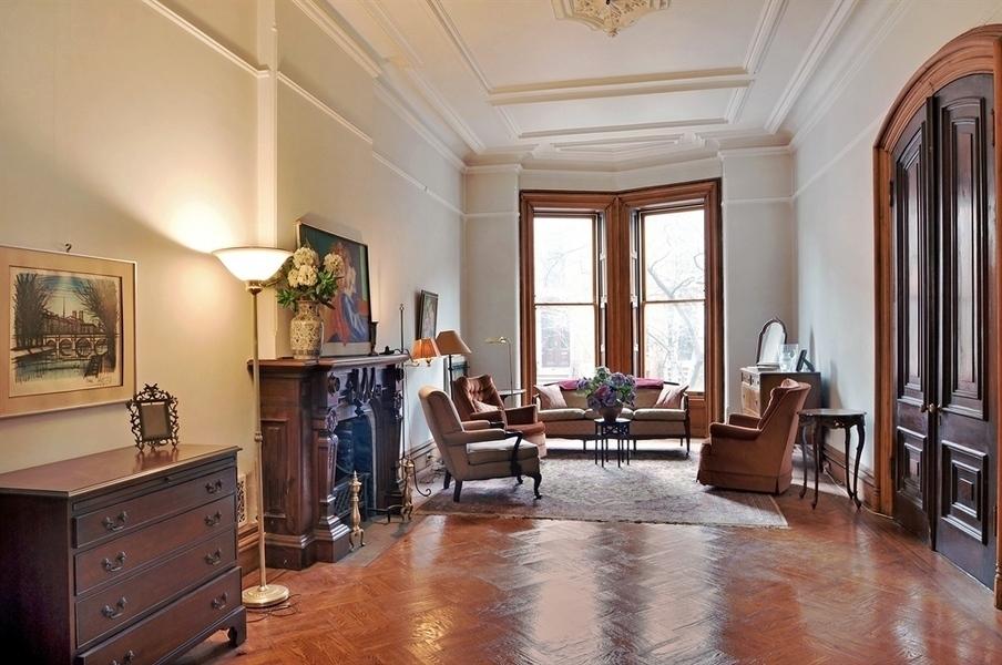 Victorian Gothic Interior Style April 2013