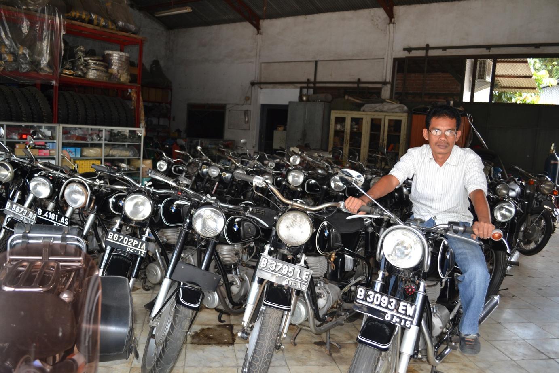 Dijual motor antik bmw
