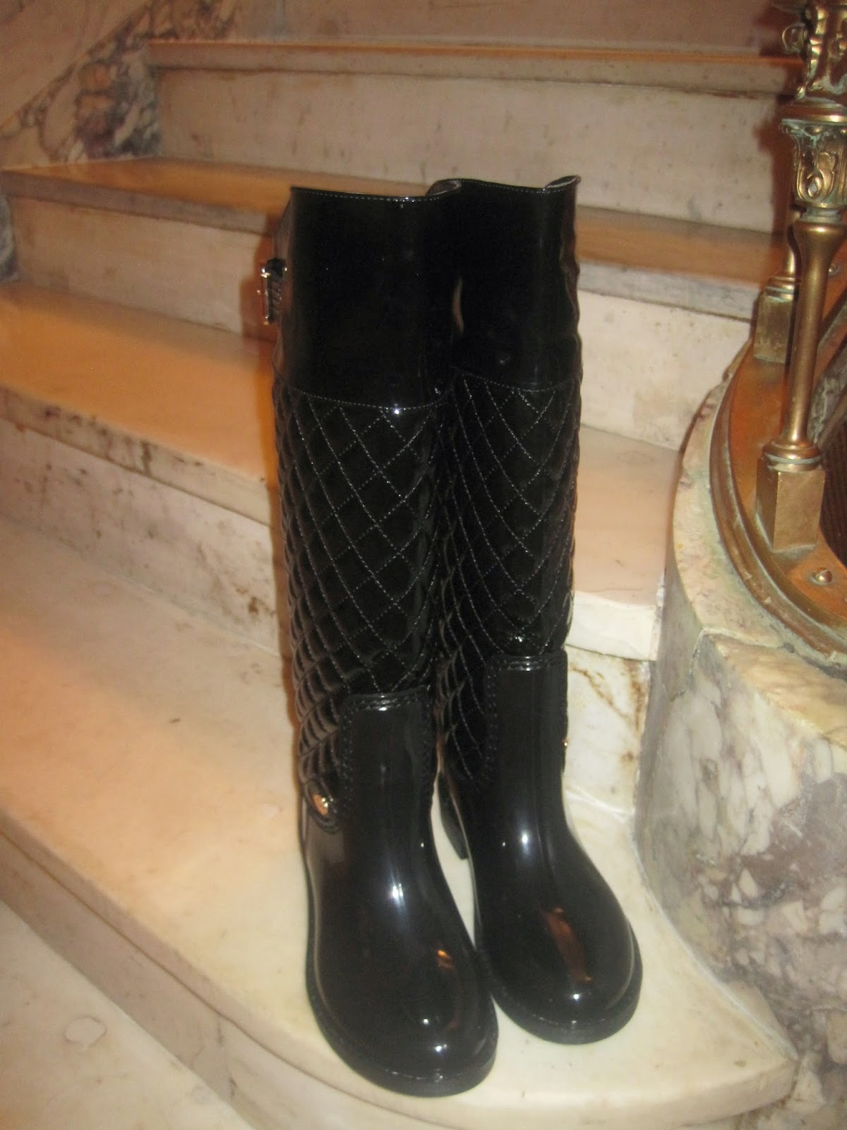 b111428e04d When you wear Posh Wellies, your feet and legs in Emilio Cavallini are  protected!