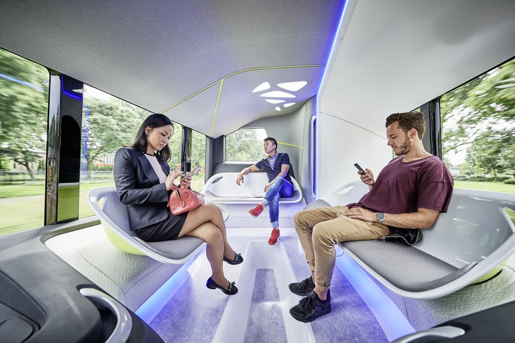City Pilot, l'autobus a guida autonoma di Mercedes-Benz | Video