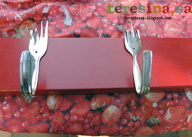 Perchero reciclando tenedores