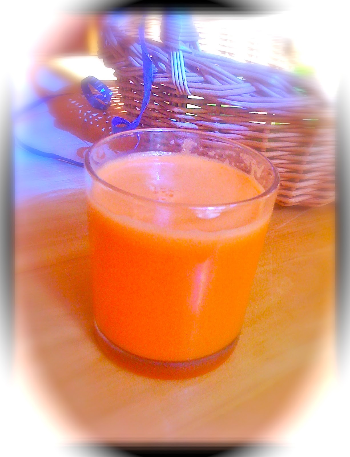 Vegan Recipes: Ginger, Carrot and Pear Juice