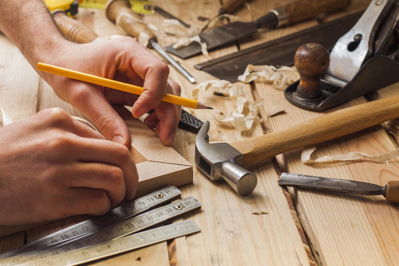 Reparaci n de muebles de madera carpinteros en m laga - Reparacion muebles ...