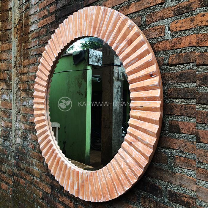 Cermin Hias Ruang Tamu | Pigura Gaya Antik