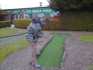 Photo of Richard Gottfried playing Mini Golf at Tea Green Golf Club near Luton