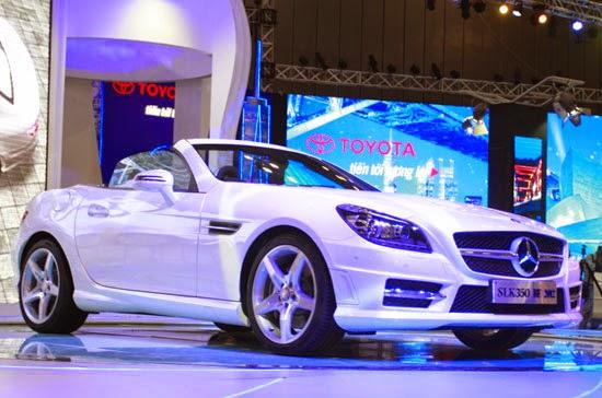 Mercedes SLK 350 AMG màu trắng 01