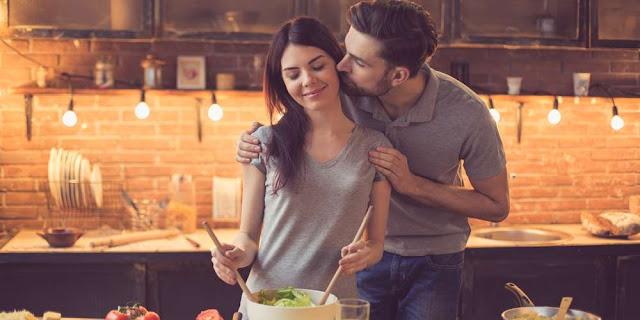 Formas simples de recordarle a tu pareja que la amas