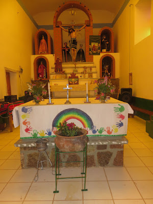 Altar unserer Pfarrkirche in Esmoraca Bolivien