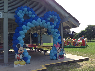 Mickey balloon arch with Mickey ears
