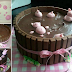 Pigs In Mud Cake
