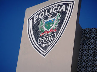 Polícia investiga morte de menina atingida por TV