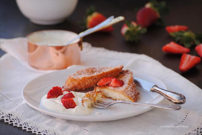 Torrijas con mascarpone y fresas