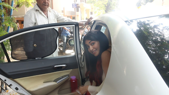 Adah Sharma Spotted At The Korner House Bandra