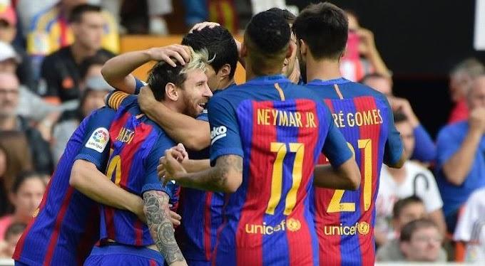 La Liga: Barca Beat Valencia, Iniesta Hurt