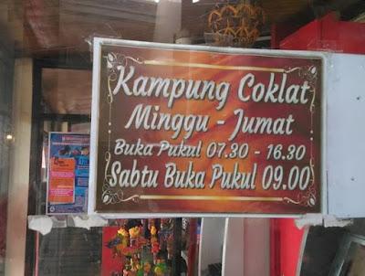 Jam Buka Kampung Coklat Blitar