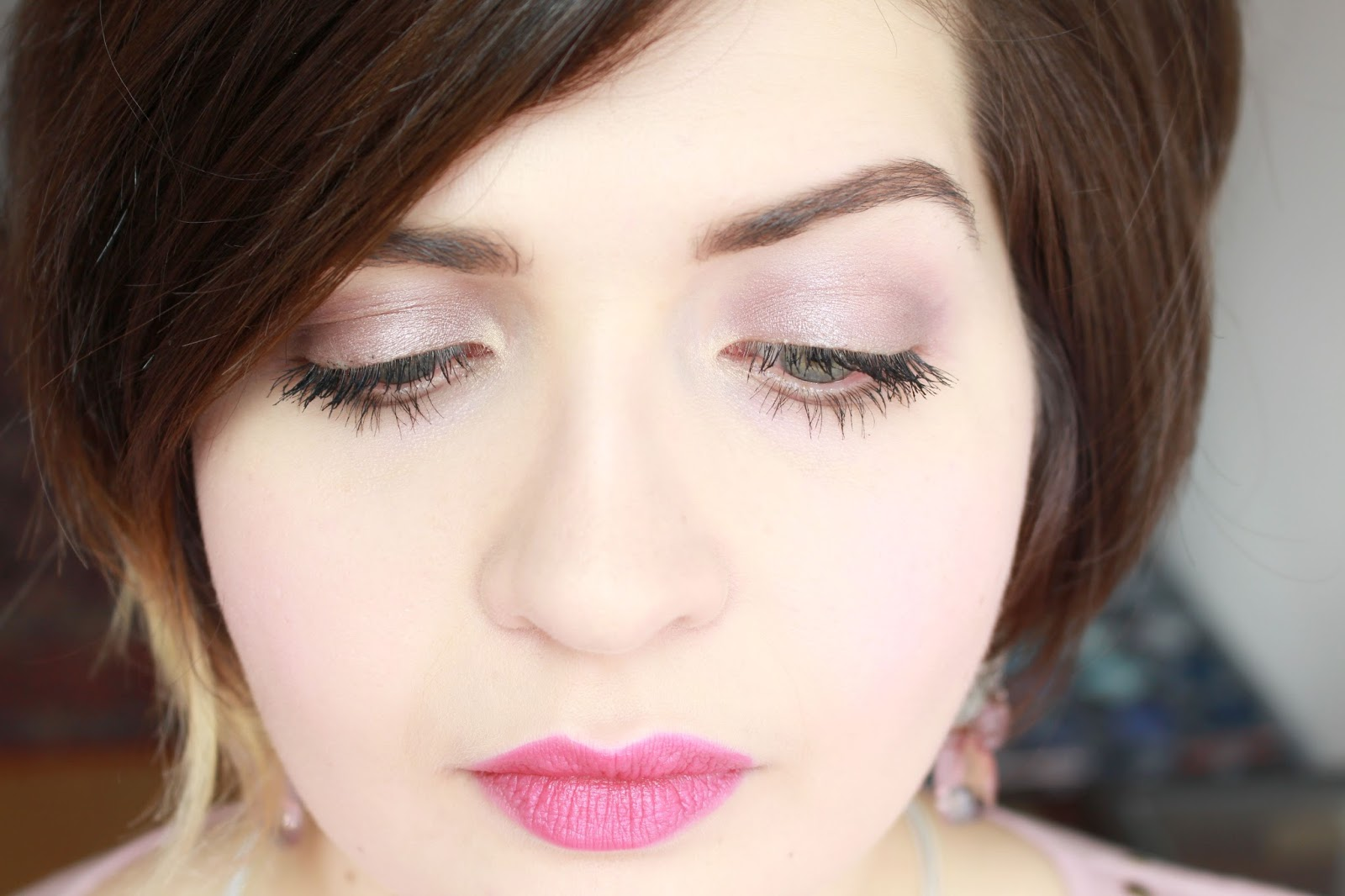 Taupe & Pink Make-up