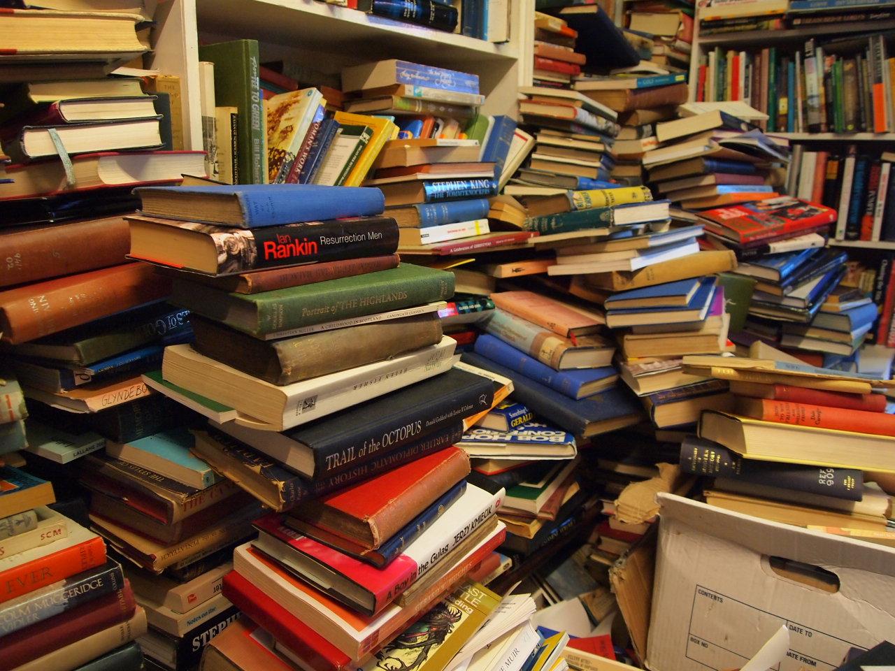 rousseau voltaire piles boxes club upon flickr nightmare minimalist shelves worst heaven idea