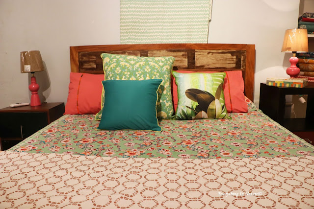 cushions bedspread - everything in nature