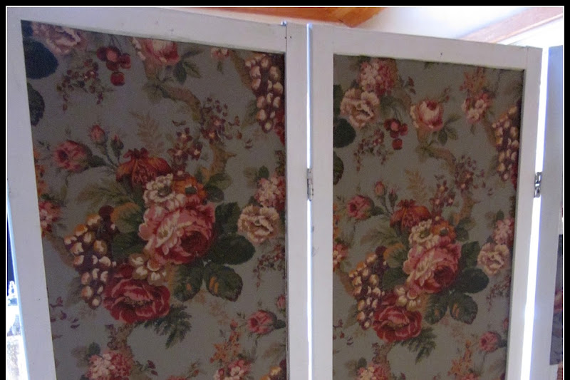 How to Create a Chicken Wire Screen Room Divider