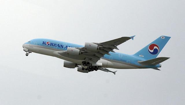 Gambar Pesawat Airbus A380 05