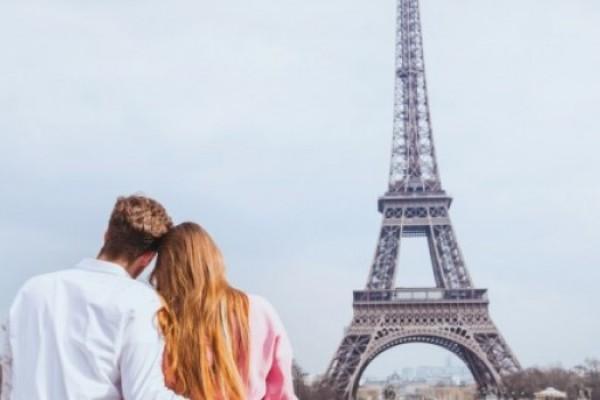 3 Tempat Paling Romantis di Paris Kesempatanmu Memanjakan Doi