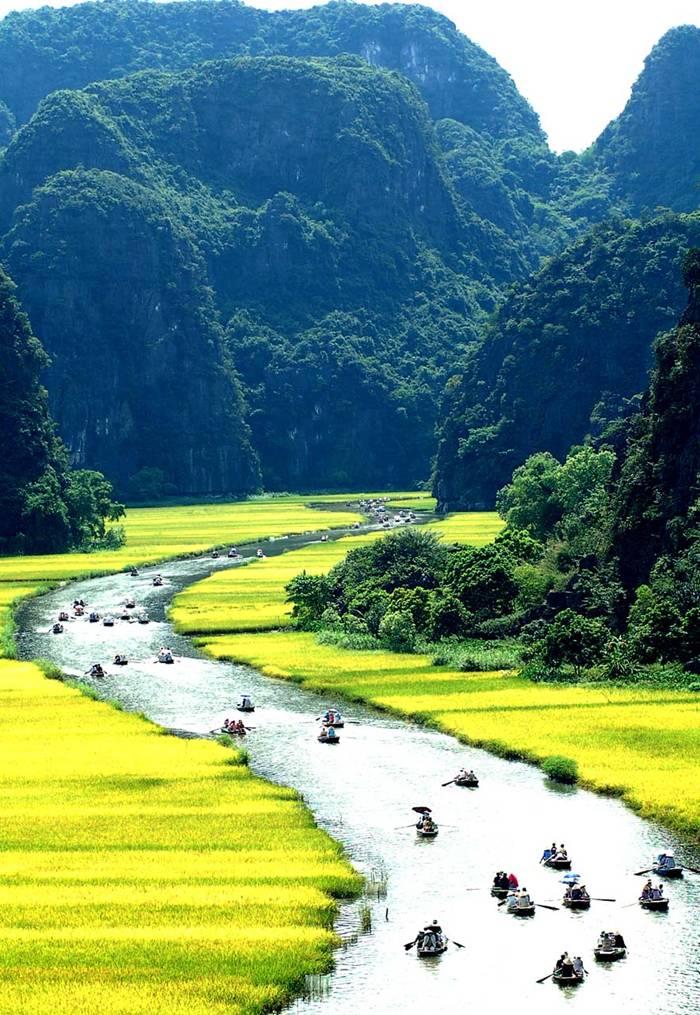 Tam Coc Bich Dong Vietnam Tourist Attraction