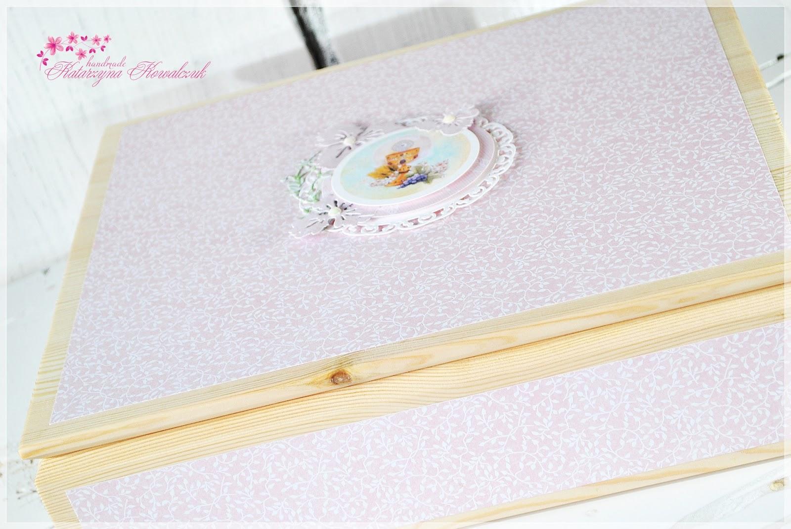 zaproszenia na pierwszą komunię święta, księga gości, drewniane pudełko