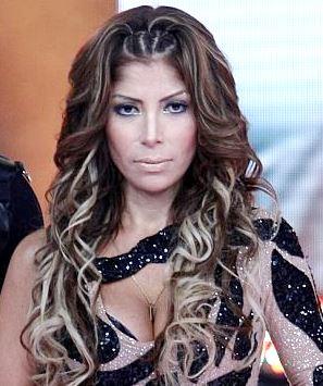 Foto de Milena Zárate con cabello ondulado