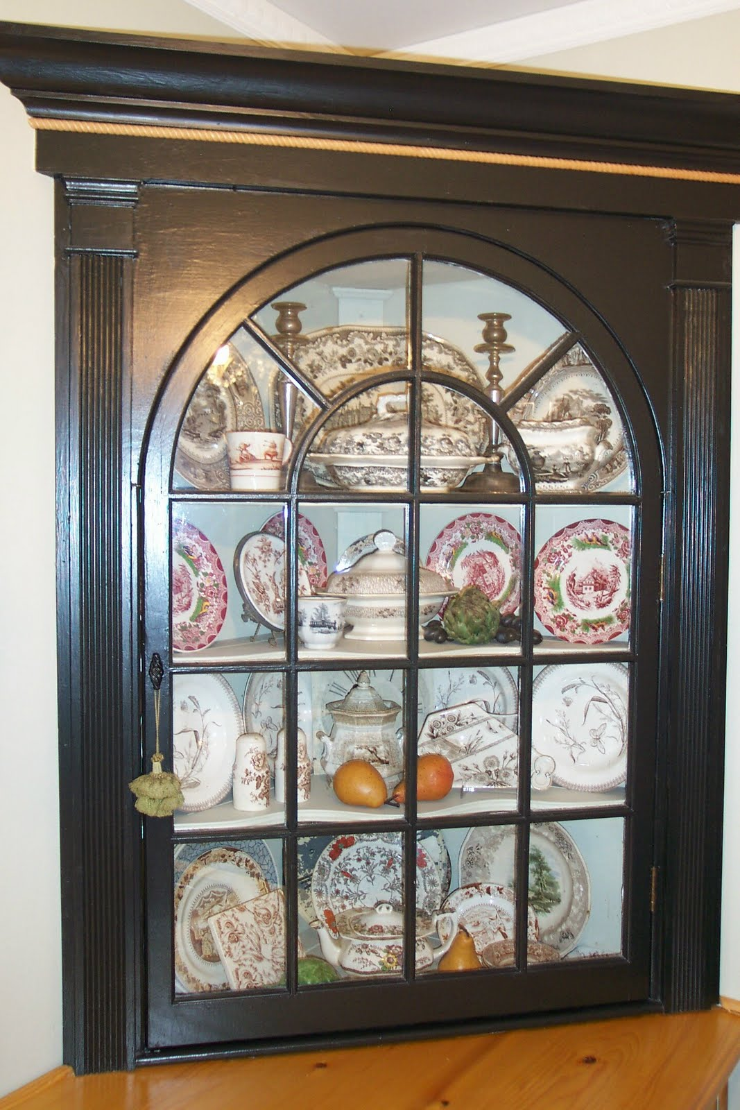 This Corner Cabinet With The Palladian Door Is Actually Vintage Type Of  China Was Usually Built
