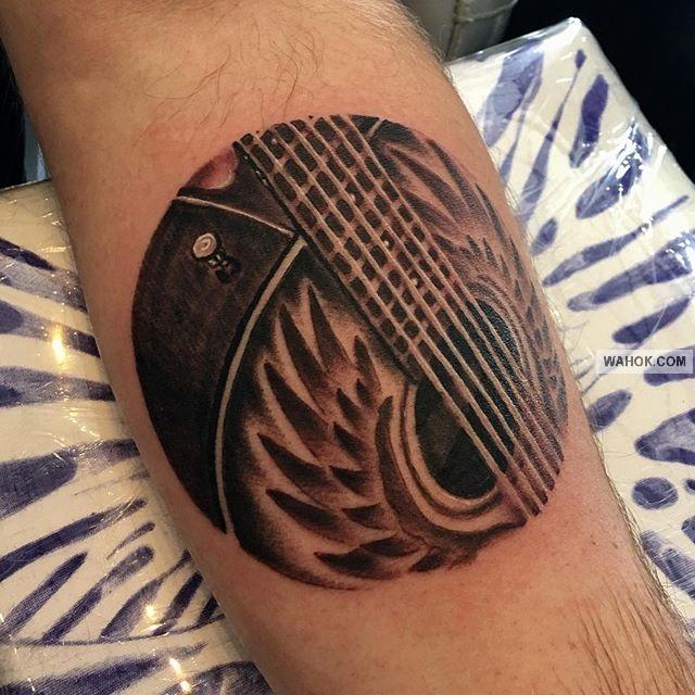 kumpulan tato tulisan. tato keren di punggung. tato keren di tangan. tato keren di kaki. gambar tato di dada
