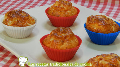 Receta fácil de pastelitos salados rellenos (Bizcochitos salados)