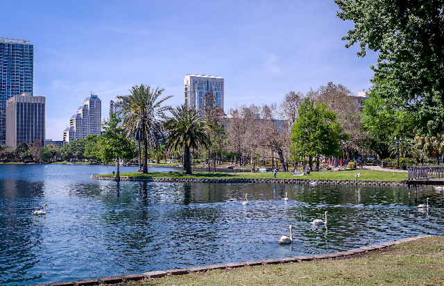 Lake Eola Park em Downtown Orlando