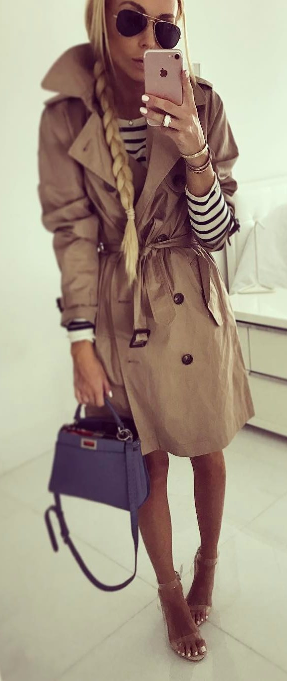 trendy fall outfit idea / nude coat + stripped top + bag + heels