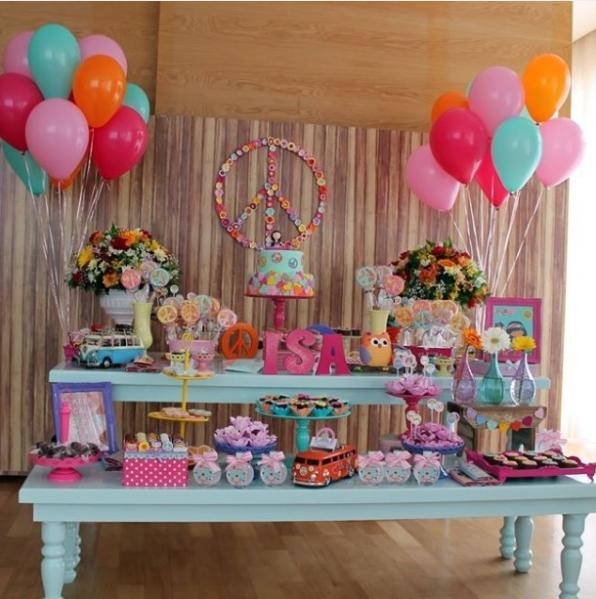 Lindas ideas para una fiesta de adolescentes de paz y amor - Fiesta cumpleanos infantil en casa ...