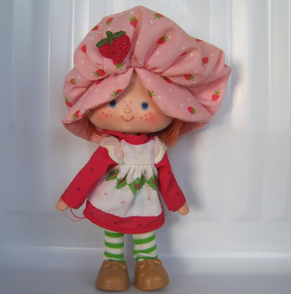 Vintage Strawberry Shortcake Dolls For Sale 74