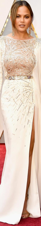 Chrissy Teigen 2017 Oscars
