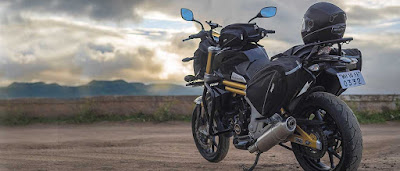 Mahindra Mojo Tourer Edition rear view