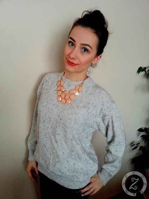 naszyjniki do swetrów