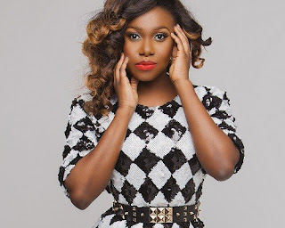 Niniola Robbed In South Africa