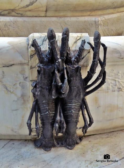 Close-up de esculturas de lagostas da Fonte Monumental - Campos Elíseos - São Paulo